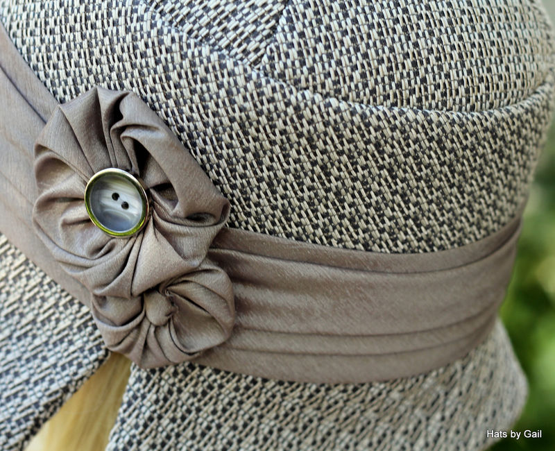 Cloche Hat Taupe Beautiful 1920's Fall and Winter  - product image