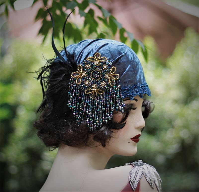 1920s Flapper Party Hat in Blue Velvet - product image
