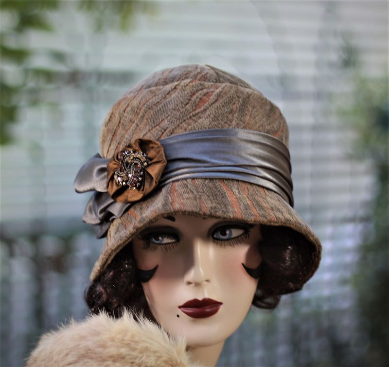 Fall Winter Chemo Hat 1920s Cloche Vintage Style - product image