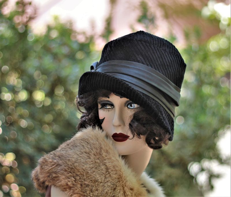 Fall Winter Chemo Hat 1920s Cloche Vintage Style in Black - product image