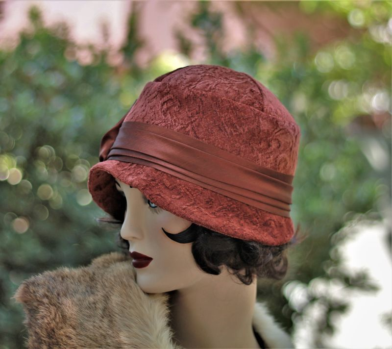 20s Flapper Fall Winter Warm Cloche Chemo Hat  - product image