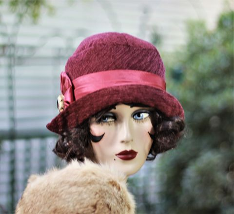 Fall,Winter,Warm,Wool,Hat,in,20s,Cloche,Flapper,Style,fall season hats, cloche winter hat, red winter hat,flapper hat, classic hats, couture hat, cloche hat,fall hats, winter hat,chemo hats,chemo fashion hats