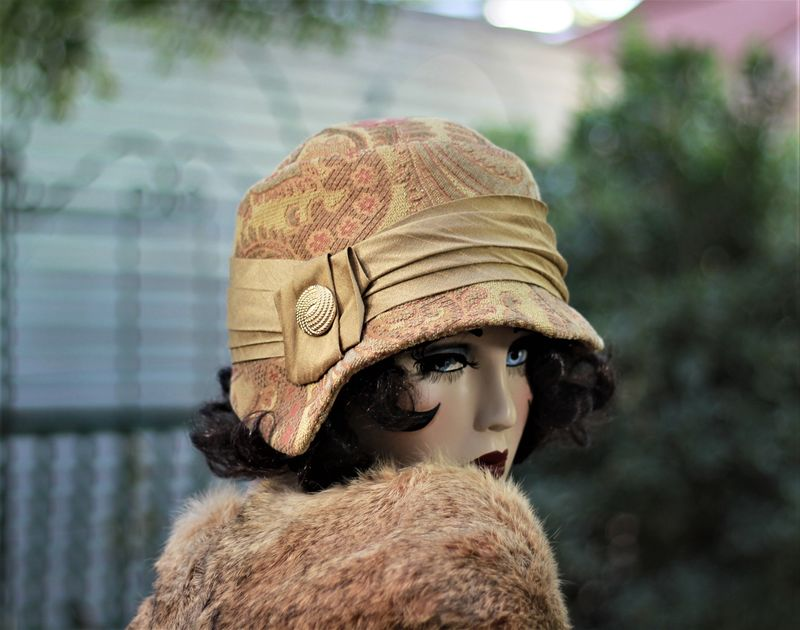 Fall Winter Boho Hat in 20s Great Gatsby Style - product image