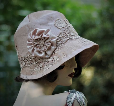 Custom,Made,20s,Vintage,Style,Bridal,Wedding,Hat,Mauve,flapper hat, classic hats, couture hat, cloche hat,custom made hats,hat for bride,wedding hats,20s wedding hat,fancy hat