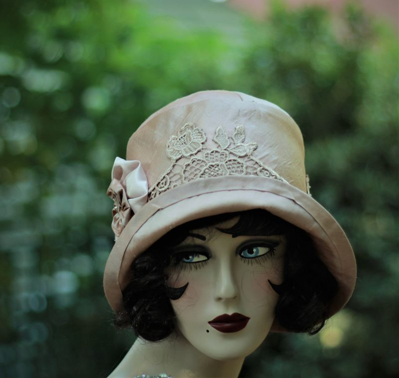 Custom Made 20s Vintage Style Bridal Wedding Hat Mauve - product image