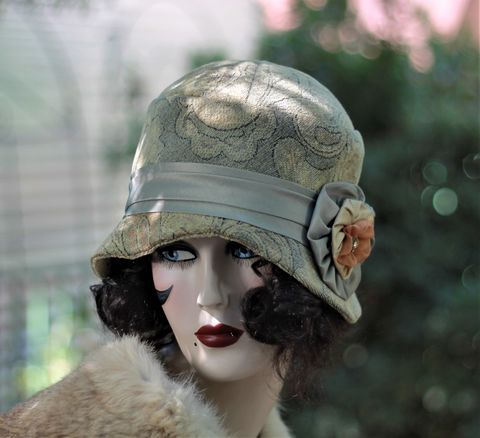 1920's,Vintage,Style,Cloche,Hat,for,Fall,and,Winter,fall season hat, winter season hat, warm hat, fabric hat art deco hat,  wool fabric hat, vintage style hat, 1920's hat,  fashion hat, hats trendy, cloche hat