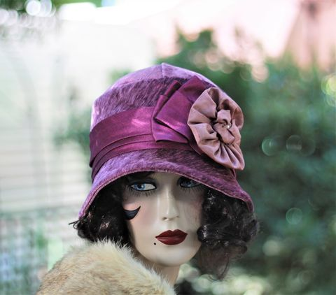 1920's,Winter,Cloche,Flapper,Warm,Chemo,Hat,cloche hat, 1920s womens hat, velvet hat, flapper hat, warm hat, chemo hat,cloche hats winter,cloche hat fall
