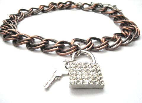 Lock,and,Key,Metal,Chain,Collar,Choker,Lock and key Metal Chain Collar Choker, padlock collar necklace, fetish collar