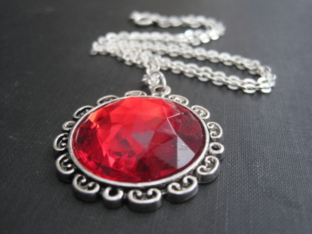 Red Queen Round Cabochon Necklace - product images  of