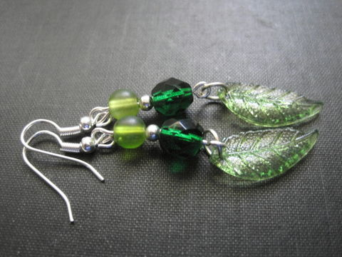 Spring,Green,Leaf,Dangle,Earrings,Spring Green Leaf Dangle Earrings