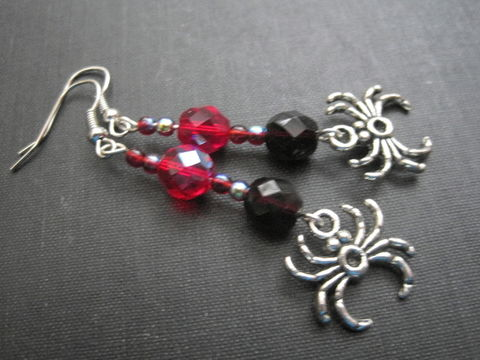 Gothic,Spider,Dangle,Earrings,Gothic Spider Dangle Earrings, halloween jewelry, horror, handmade