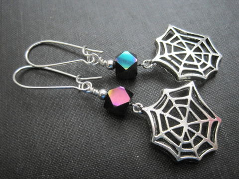 Spider,Web,Gothic,Dangle,Earrings,Spider Web Gothic Dangle Earrings, Halloween earrings, gothic earrings, spiderweb, cosplay jewelry, creepy jewelry, gothic jewelry, handmade jewelry