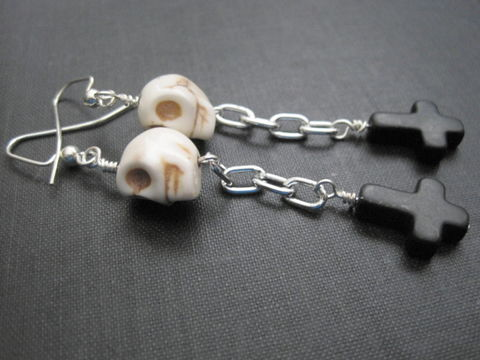 Gothic,Skull,Inverted,Cross,Dangle,Earrings,Gothic Skull Inverted Cross Dangle Earrings, black cross, skull earrings, gothic jewelry, halloween jewelry, handmade jewelry