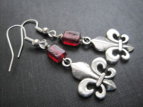 Fleur,De,Lis,Dangle,Earrings,,Red,Glass,Earrings,Fleur De Lis Dangle Earrings, Red Glass Earrings, regal, imperial, gothic victorian