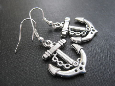 Nautical,Anchor,Dangle,Earrings,nautical, anchor, sea anchor, beach jewelry, nautical jewelry, dangle earrings, vamps jewelry, silver, sailors, seaman, hope, safe, reliable