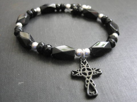 Gothic,Victorian,Black,Cross,Mourning,Bracelet,gothic, victorian, mourning bracelet, black, metal, memory wire, bracelet, black cross bracelet, victorian mourning bracelet, gothic mourning, vamps jewelry