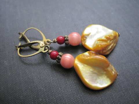 Gold,Mother,of,Pearl,Coral,Lever,Back,Dangle,Earrings,,Sunset,Delight,Earrings,Gold Mother of Pearl Coral Lever Back Dangle Earrings, sunset colors earrings, red coral, mother of pearl, cat's eye, antique gold, lever back earrings