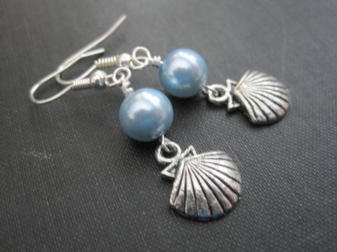 Blue,Pearl,Clam,Shell,Dangle,Earrings,,Nautical,Earrings,blue, pearl, clam, seashell, dangle earrings, silver vamps jewelry