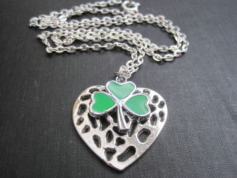 Green,Clover,Irish,Love,Heart,Necklace,Green Clover Irish Love Heart Necklace, handmade jewelry, celtic jewelry, irish jewelry, st. patrick's day necklace, lucky clover, shamrock necklace