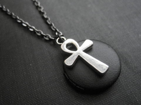 Gothic,Ankh,Black,Locket,Necklace,Gothic Ankh Black Locket Necklace, vampire jewelry, handmade jewelry, romantic goth locket, ankh symbol, vamps jewelry
