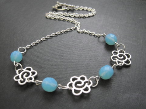 Daisy,Link,Blue,Turquoise,Flower,Necklace,Daisy Link Blue Turquoise Flower Necklace, handmade jewelry, flower necklace