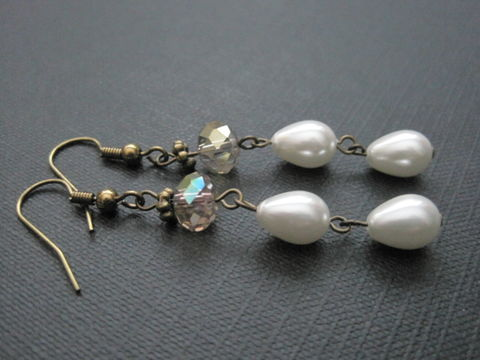 Antique,Gold,Pearls,Crystal,Dangle,Earrings,antique gold, pearls, pearl, crystal, teardrop, swarovski, vamps jewelry, handmade