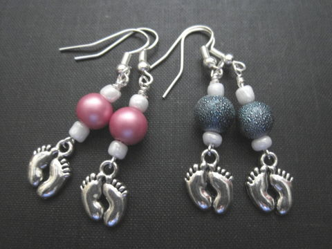 New,Baby,Little,Feet,Dangle,Earrings,Handmade,New Baby Little Feet Dangle Earrings, newborn, boy, girl, pink, blue, mother's day jewelry, new moms, mother to be, grandma, auntie, handmade jewelry