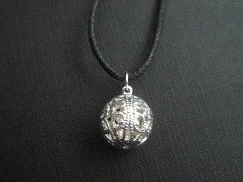 Filigree,Silver,Ball,Choker,Necklace,filigree ball choker, Filigree, Silver, Ball, Sphere, Globe, Choker, Necklace