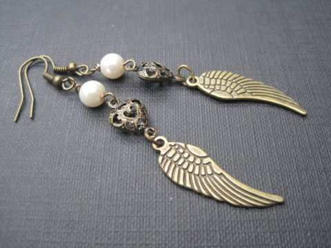 Angel,Wing,pearl,Antique,Bronze,Victorian,Earrings,Angel Wing pearl Antique Bronze Victorian Earrings, filigree heart, white pearl, antique brass, wings