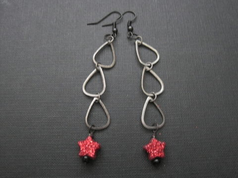 Gunmetal,Tear,Drop,Red,Star,Dangle,Earrings,Gunmetal Tear Drop Red Star Dangle Earrings, handmade jewelry