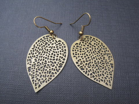 Antique,Bronze,Filigree,Leaf,Dangle,Earrings,antique, bronze, filigree, brass, leaf, dangle earrings, leaf earrings, vamps jewelry, handmade