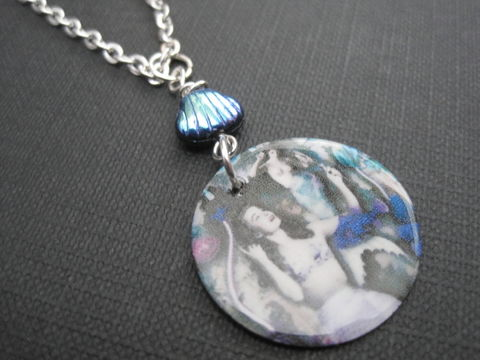 Mermaid,Sea,shell,Necklace,Mermaid Seashell Necklace, round disc, mermaid disc necklace