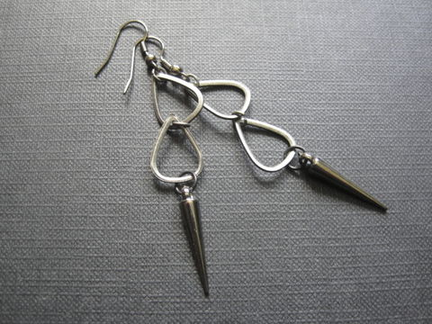 Black,Rain,Apocalypse,Dangle,Earrings,Black Rain Dangle Earrings, apocalypse, spike, dagger, handmade jewelry, handmade earrings