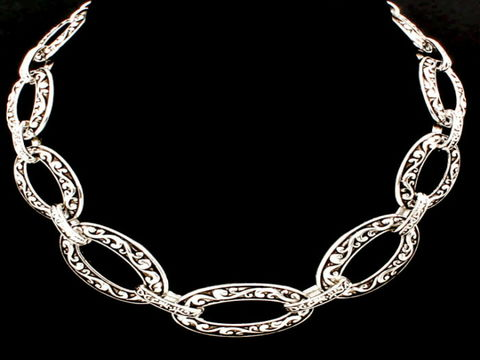 Bold,Link,Chunky,Chain,Statement,Necklace,bold jewelry, link, big chain jewelry, statement necklace, chunky necklace, fashion jewelry, big link necklace, antique silver, statement jewelry