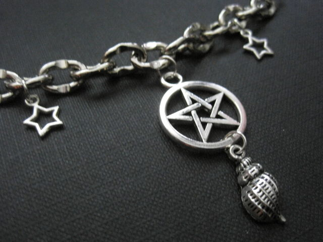 Pentacle Sea Shell Witch Chain Choker - product images  of