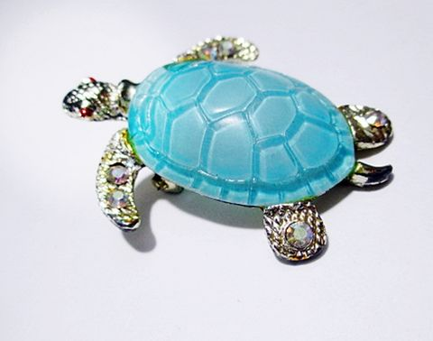 Cute,Novelty,Blue,Vintage,1960s,Turtle,Brooch,Pin,with,Jeweled,Feet.,Vintage brooch, vintage pin, vintage turtle, sea creature,1960s jewelry, tortoise pin, vintage jewellery, costume,  blue, rhinestones, 1960s jewelry, novelty pin, figural, retro