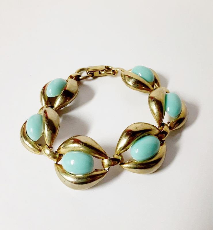 1960s Vintage Faux Turquoise Link Bracelet and Drop Earring Set Screw Backs  - product images  of