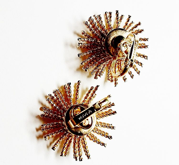1960s Bergere Vintage Gold Tone Fire Works Brooch and Earrings Set  - product images  of