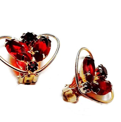 Lovely,Heart,Shaped,Vintage,1950s,Earrings,with,Red,Ruby,Rhinestones,Clips,Vintage red earrings,1950s red earrings,heart shape, rhinestone earrings,vintage jewelry,clip earrings,ruby,garnet,for sale,fifties, another time vintage apparel,red colored rhinestone earrings