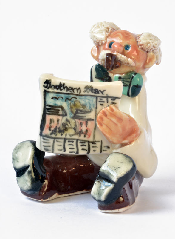 Abbey Crafts Little Man-with-newspaper - Abbeycrafts  - product image