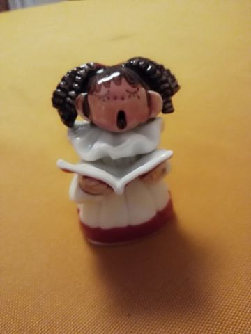 Abbey,Crafts,Choir,Girl,Small,Porcelain Carol Singer