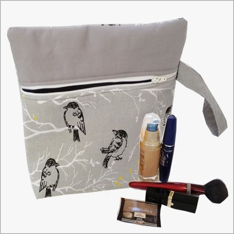 Grey,Bird,Design,Makeup,Wristlet,Clutch,makeup clutch, makeup bag, wristlet clutch, lined makeup bag, Grey Wristlet, Grey Birds Makeup Bag, Birds