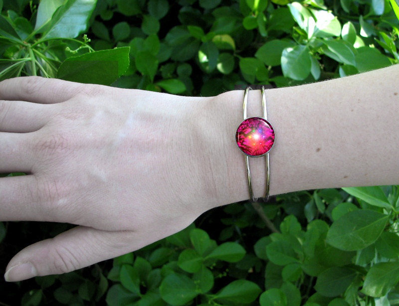 "Red Chakra Bracelet, Wire Cuff, Abstract Art Jewelry ""Chakra Circle"" - product images  of"