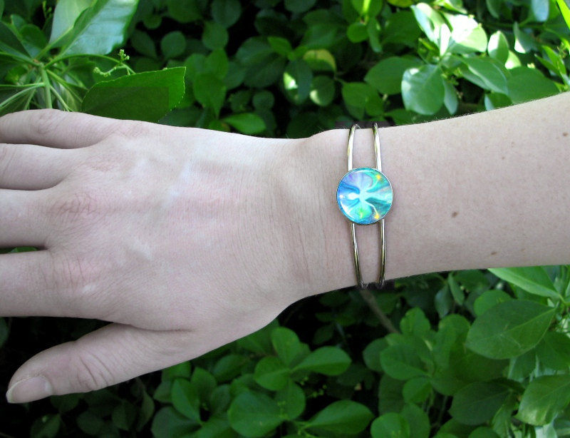 "Angel Art Bracelet, Reiki Energy Healing Wire Cuff ""Aura Angel"" - product images  of"