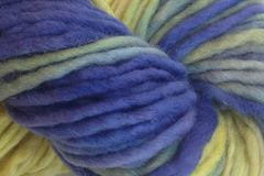 Early,Crocus,Hand,Dyed,Wool,Pencil,Roving,Bulky Yarn Hand Dyed Green Blue