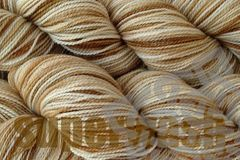 Rootbeer,Float,Hand,Dyed,Fingering,Weight,Super,Wash,Merino Wool Hand Dyed Yarn, 4 oz, 120g, Brown Natural White, Fingering Weight Yarn, Super Wash, Sock Yarn, eweandmeyarns.com