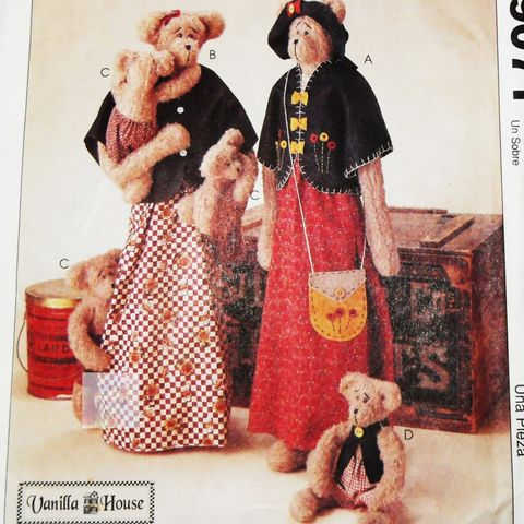 Craft,Pattern,for,Primitive,Bears,,Mama,and,Baby,Clothing,,Vanilla,House,,McCalls,9071, sewinghappyplace, vintage, sewing pattern,
