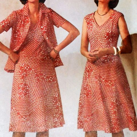 Jacket,Dress,1970s,Pattern.,Fit,Flare,Aline,Dress.,V,Neckline.,Plus,Size.,sewinghappyplace, Sewing Pattern, Vintage