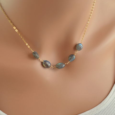Smooth,Labradorite,Necklace,in,Gold,jewelry, necklace, labradorite, gemstone, real, genuine, gold, gold filled, elegant, wire wrapped, smooth, nugget