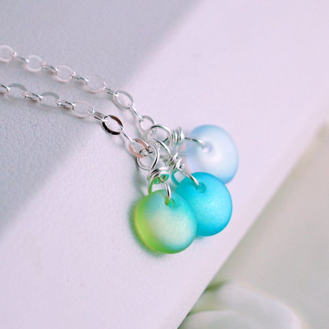 Beach,Necklace,with,Frosted,Glass,in,Sterling,Silver,glass necklace, beach necklace, summer necklace, summer jewelry, beach jewelry, sterling silver, pastel necklace